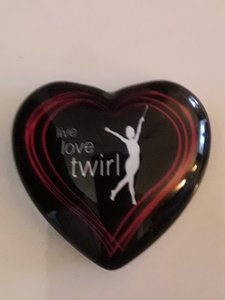 Magneet hart 42mm Live Love Twirl