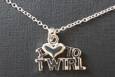 Ketting I love to twirl