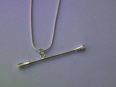 Ketting met baton ( Zilver )